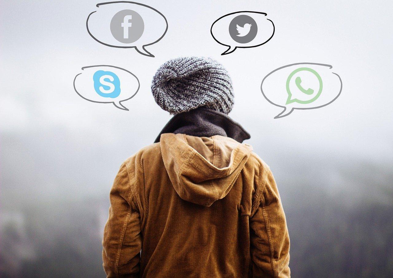 WhatsApp court après ses utilisateurs