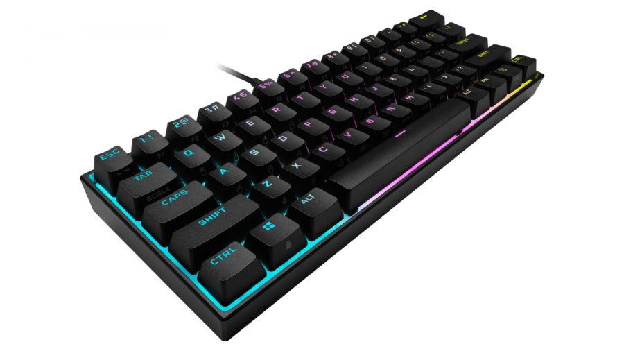 Une photo du produit du clavier de jeu K65 RGB Mini de Corsair sur un fond blanc
