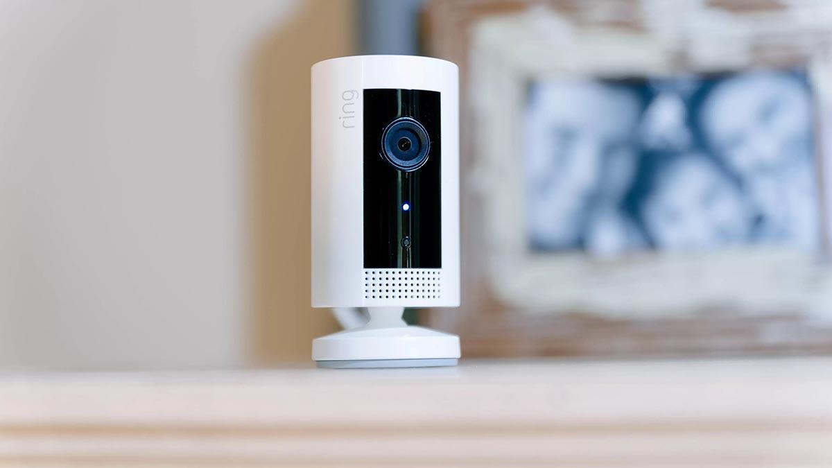 Caméras de sécurité : Comment installer une caméra intérieure ?